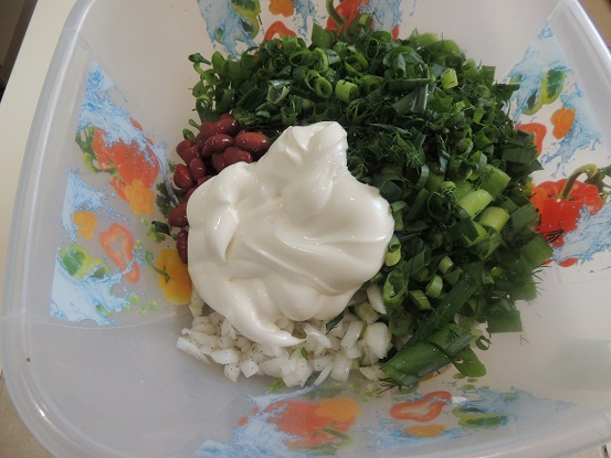 vkusnyj-salat-iz-fasoli-pyatiminutka